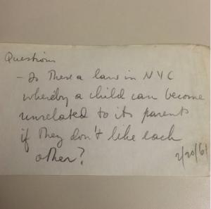 """""""Există vreo lege în New York prin care un copil poate să înceteze a mai fi rudă cu părinții săi dacă nu se mai înțeleg?"""""""