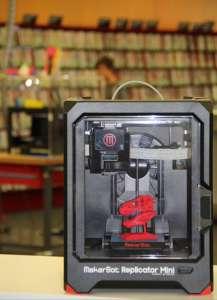 Imprimantă 3D la Biblioteca Municipală din Köln